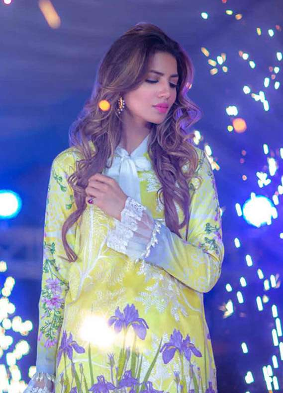 Rungrez Embroidered Lawn Unstitched 3 Piece Suit RNG17E 06