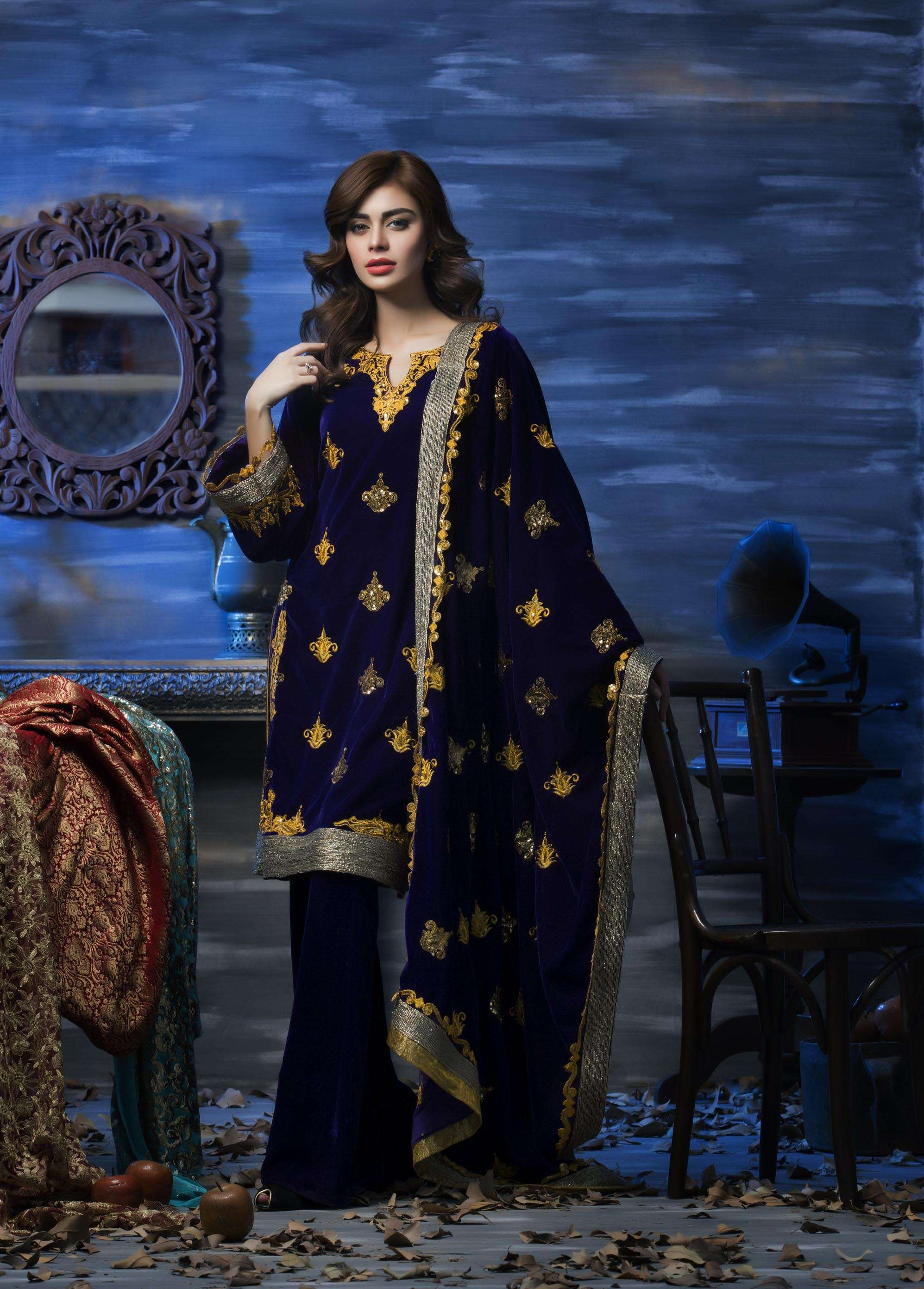 Aamna Aqeel Embroidered Velvet Unstitched 3 Piece Suit AAV17W 07