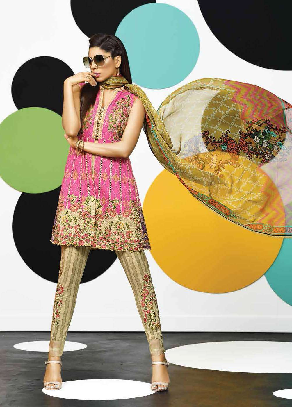 Asim Jofa Embroidered Lawn Unstitched 3 Piece Suit AJ17E 3A