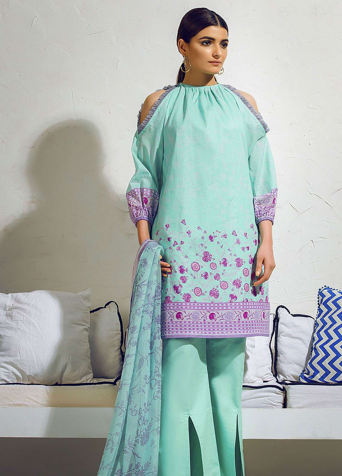 3e16951a13 Al Karam Printed Lawn Unstitched 3 Piece Suit AK19L SS-13-19 Turquoise -  Spring / Summer Collection