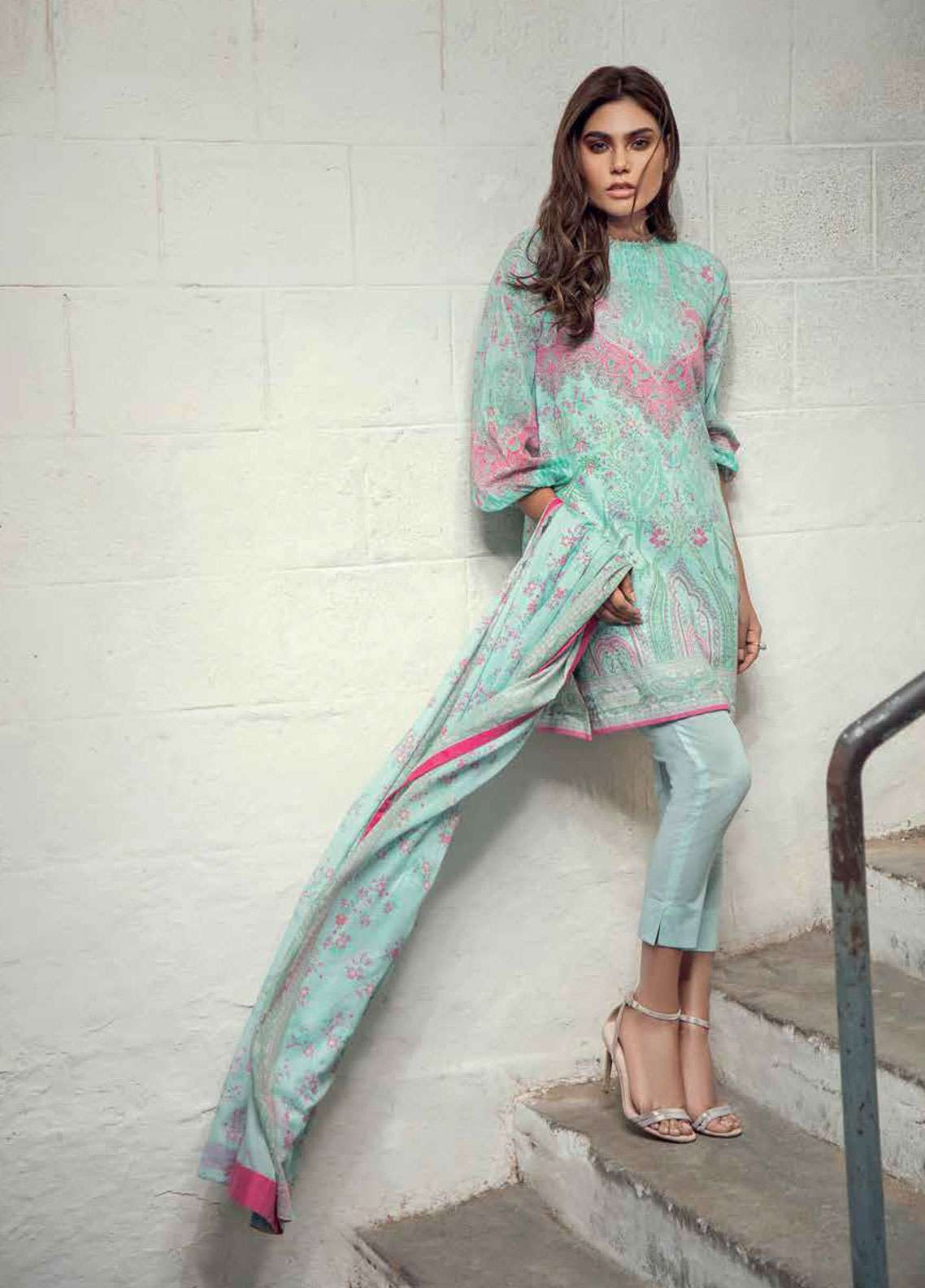 Al Karam Printed Lawn Unstitched 3 Piece Suit AK19L SS-09-19 Sea Green - Spring / Summer Collection