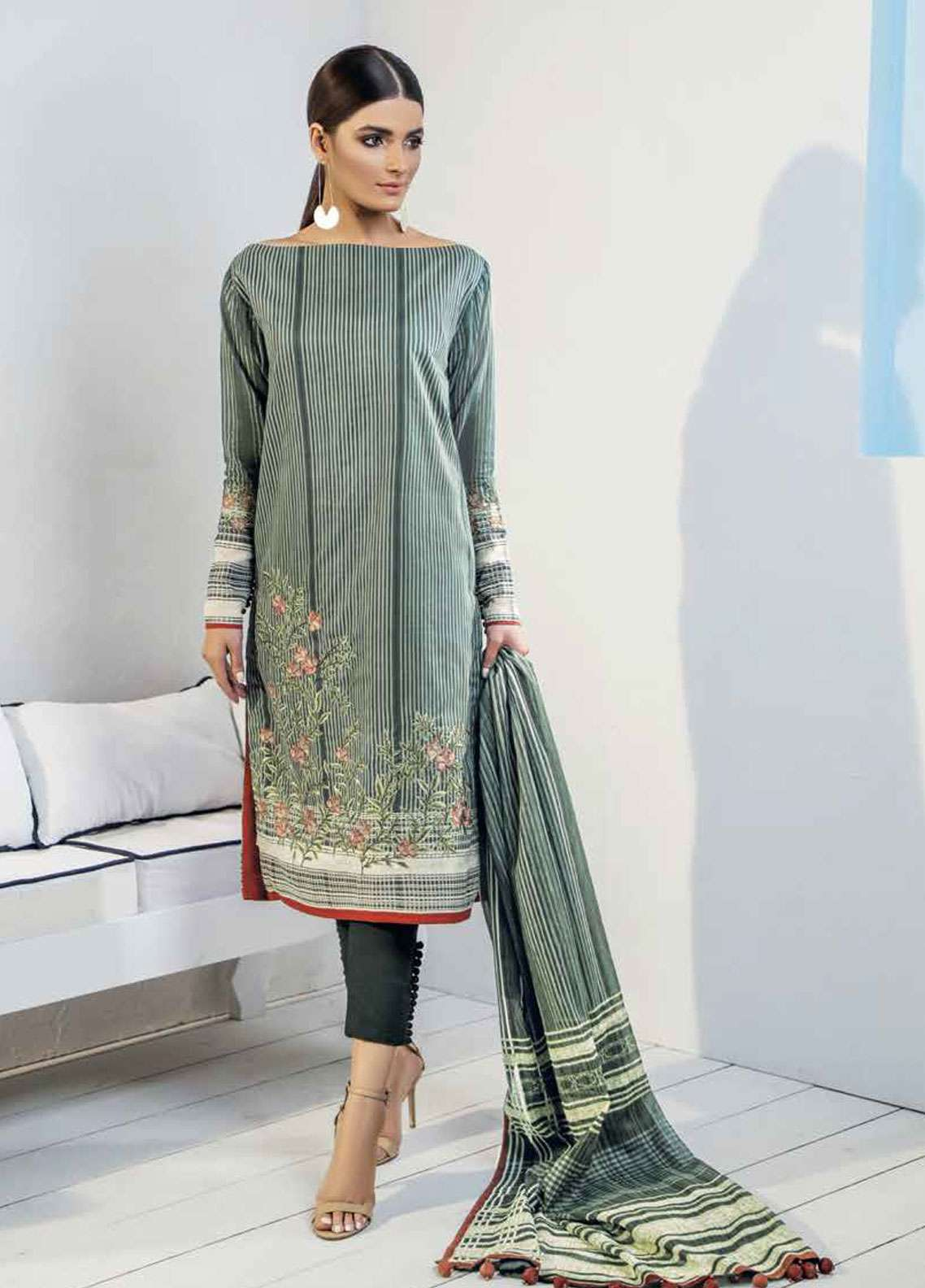 860f982581 Al Karam Embroidered Lawn Unstitched 3 Piece Suit AK19L SS-19-19 Green -  Spring / Summer Collection