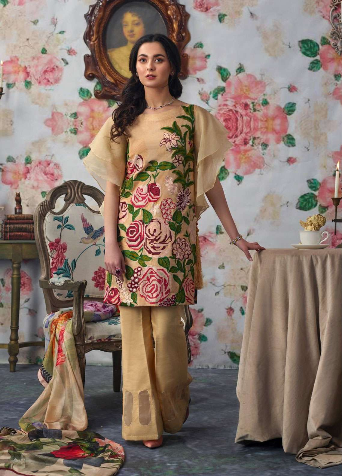 Asifa & Nabeel Embroidered Lawn Unstitched 3 Piece Suit AN19L 10A Spring - Spring / Summer Collection
