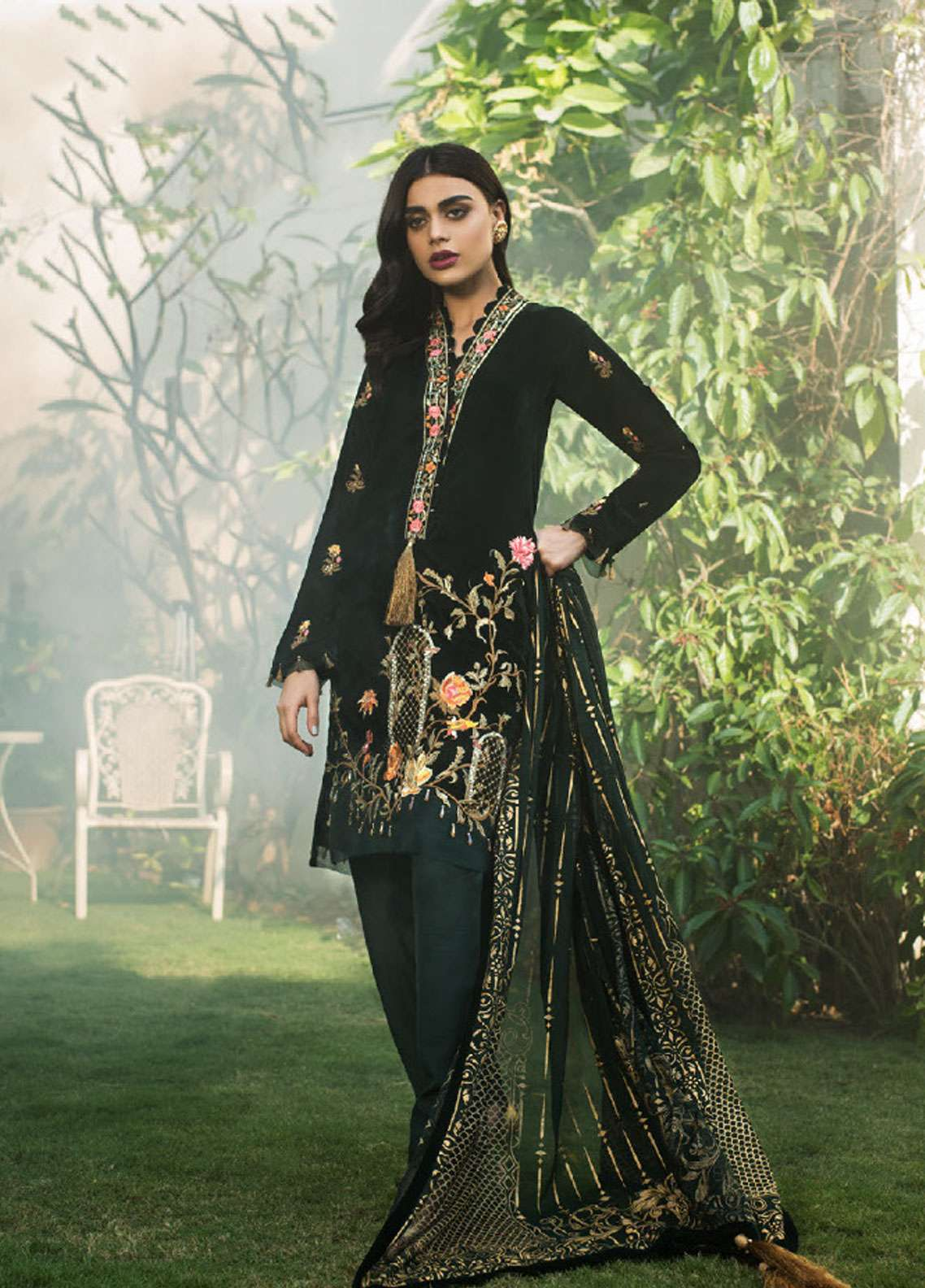 Asim Jofa Handwork Embroidered Velvet Unstitched 3 Piece Suit AJ18V 04 - Luxury Winter Collection