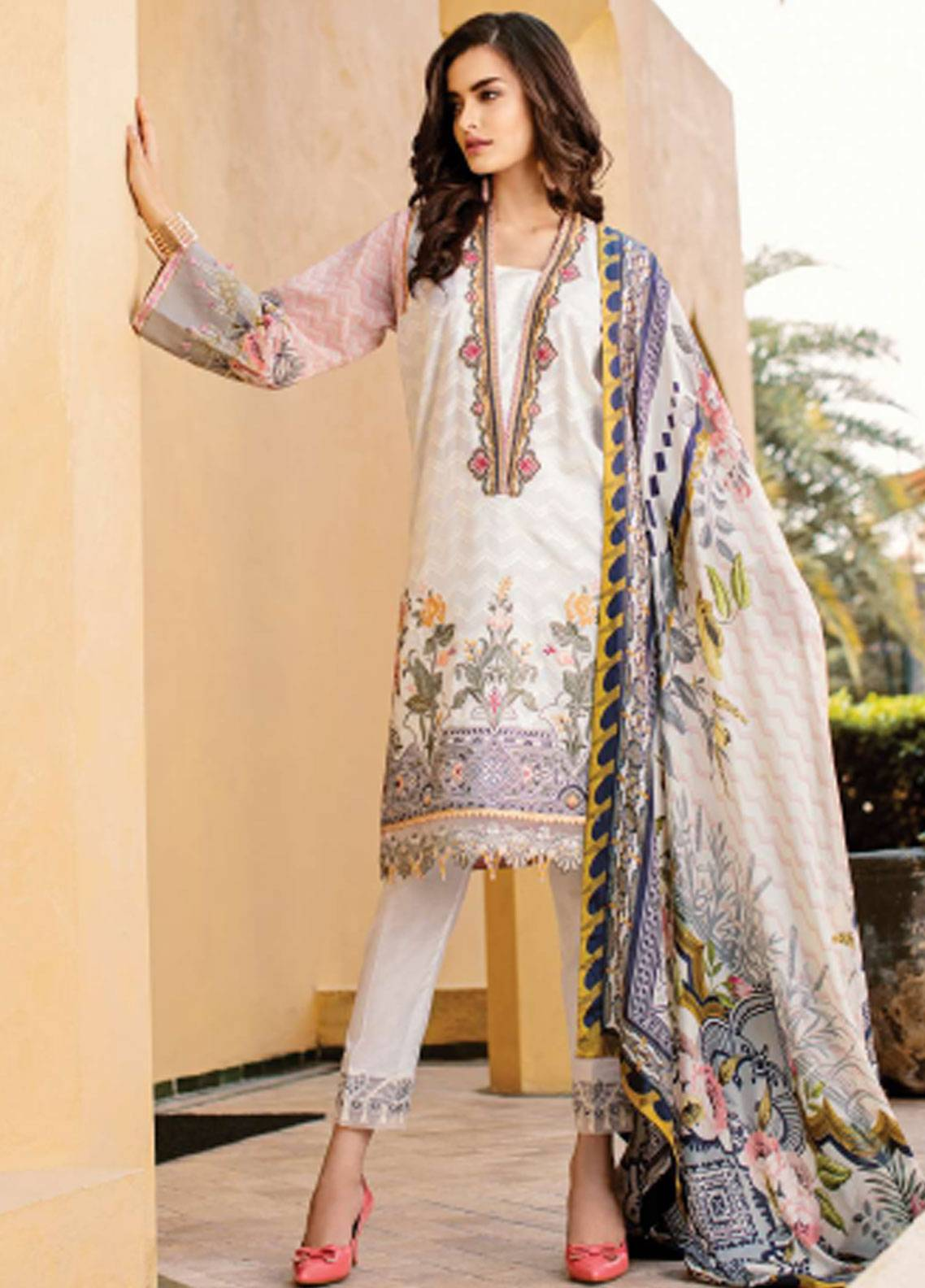 929af88870 Baroque Embroidered Lawn Unstitched 3 Piece Suit BQ19L 04 WHITE DAHLIA -  Spring / Summer Collection