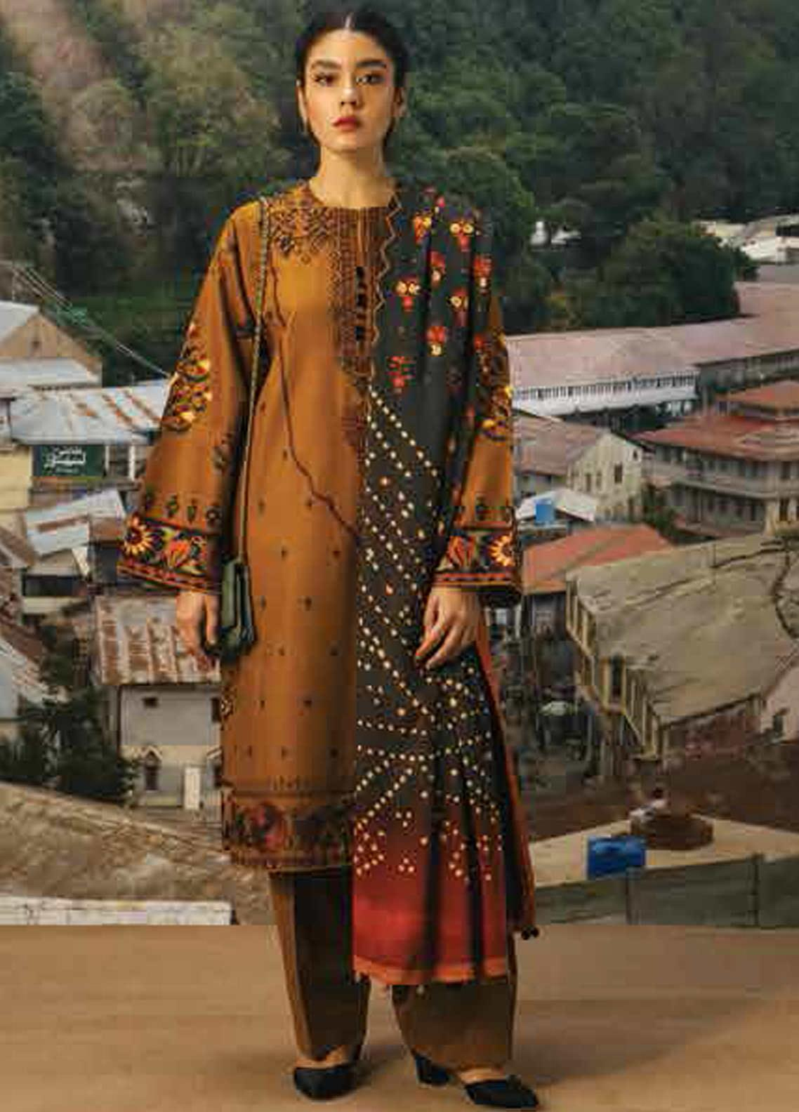 Coco By Zara Shahjahan Embroidered Cambric Unstitched 3 Piece Suit CZS20W 02A - Winter Collection