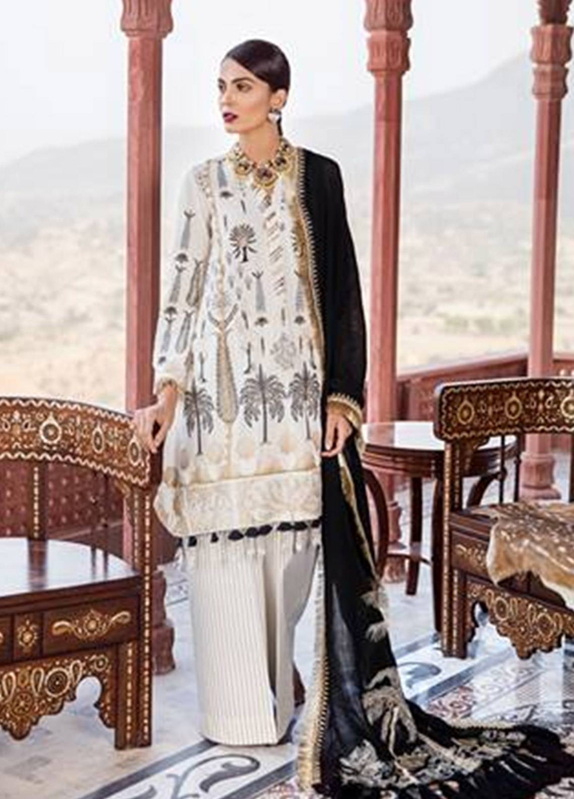 Crimson Embroidered Karandi Unstitched 3 Piece Suit CR18W 6B Chawal Tanka - Noir - Winter Luxury Collection