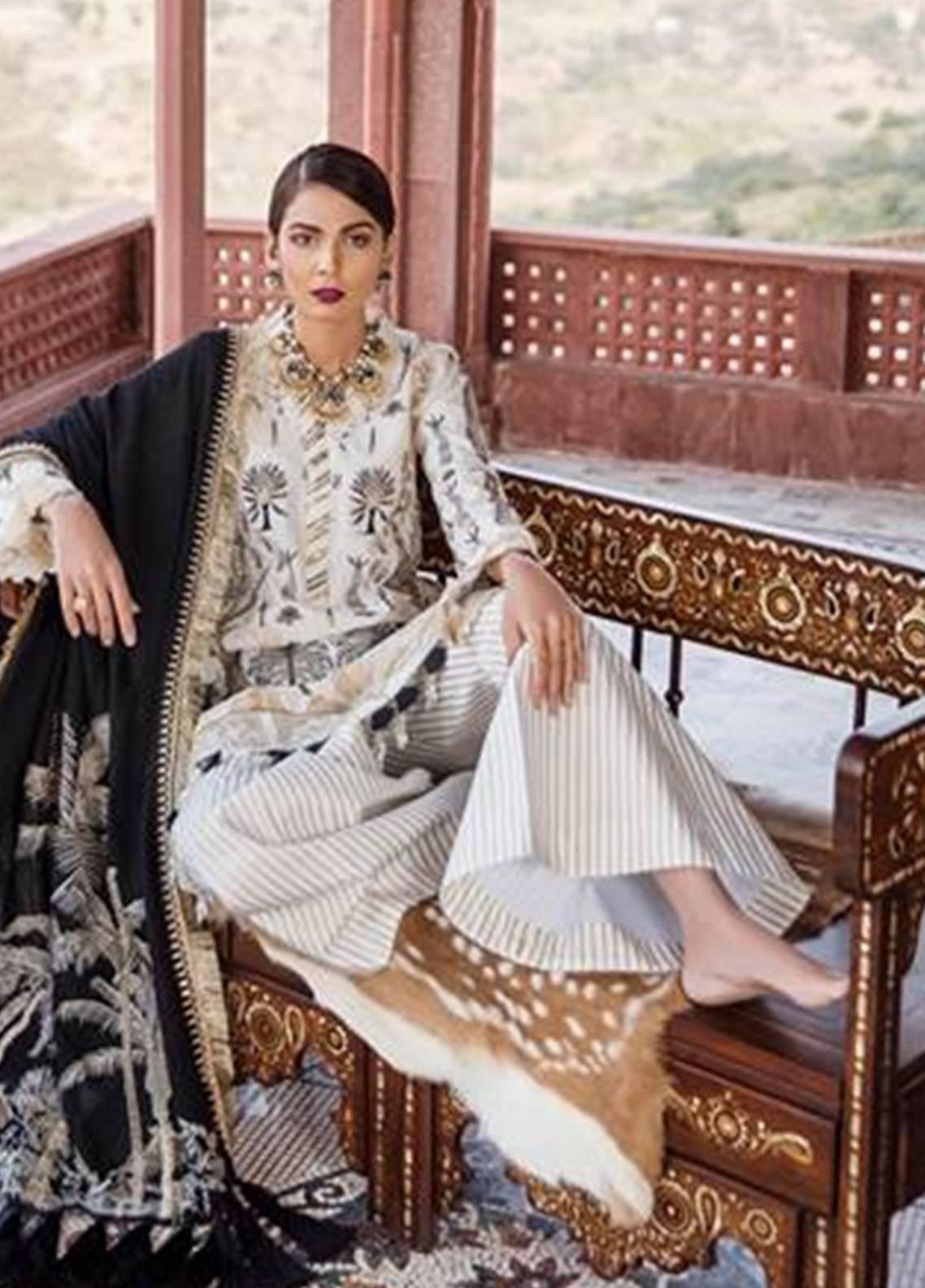 65a6d285c5 Unstitched Karandi Suits Collection 2019 - Ladies Karandi Fabrics ...