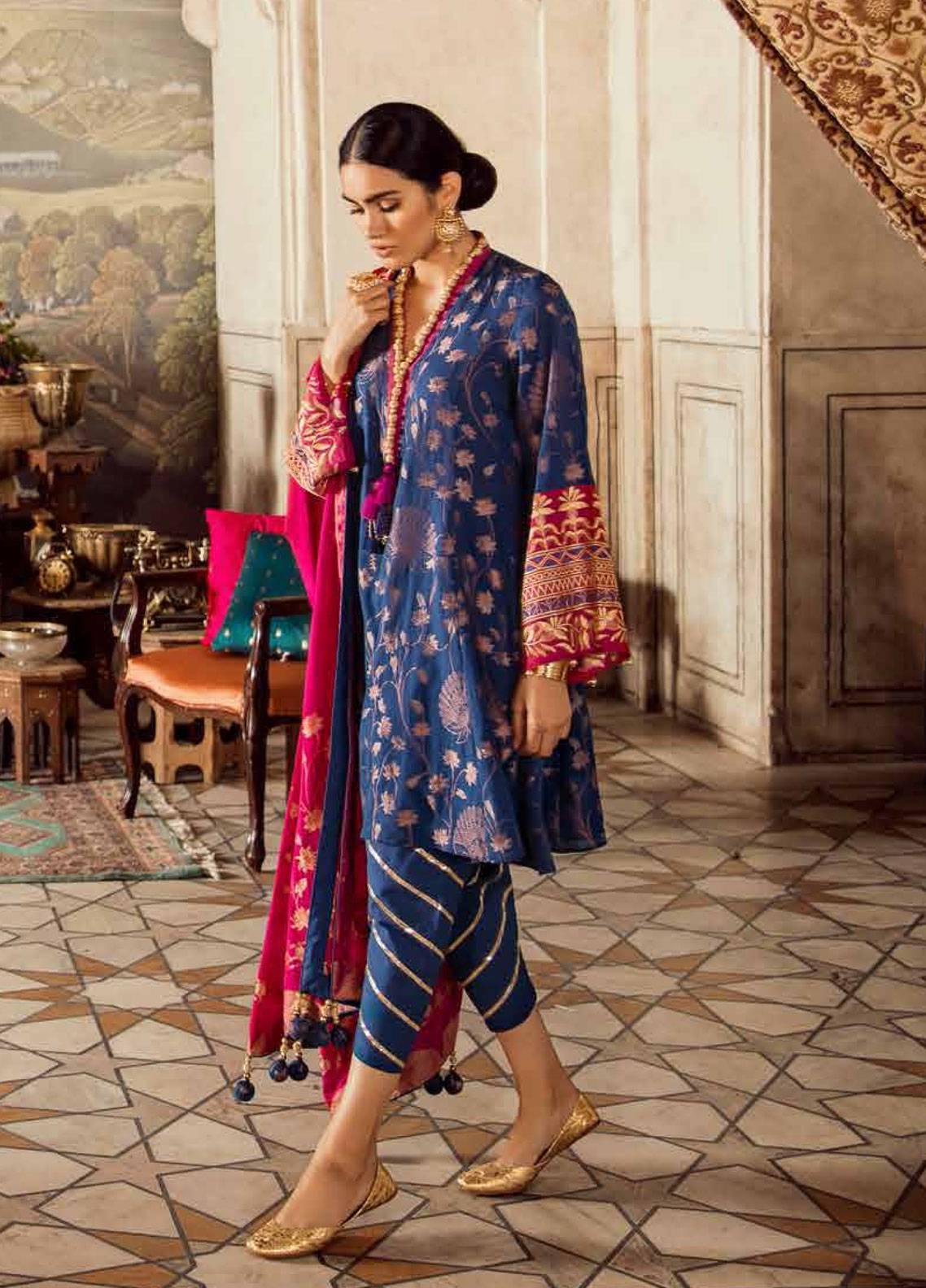 6c1e37c242 Cross Stitch Embroidered Lawn Unstitched 3 Piece Suit CS19E 17 TAKHT-E-TAOOS  - Eid Collection