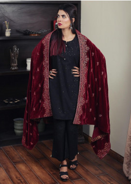 Sanaulla Exclusive Range Embroidered Velvet  Shawl 19-AKP-331 Maroon - Winter Collection