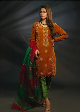 Sidra Mumtaz Embroidered Velvet Stitched 3 Piece Suit CITRINE MUSTARD
