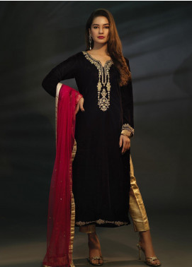 Sidra Mumtaz Embroidered Velvet Stitched 3 Piece Suit SPINEL BURGANDY WINE