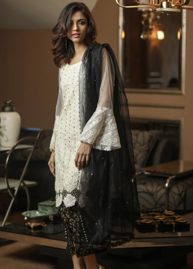 Sidra Mumtaz Embroidered Net Stitched 3 Piece Suit E-DG01-1705-DESERTED GOLD