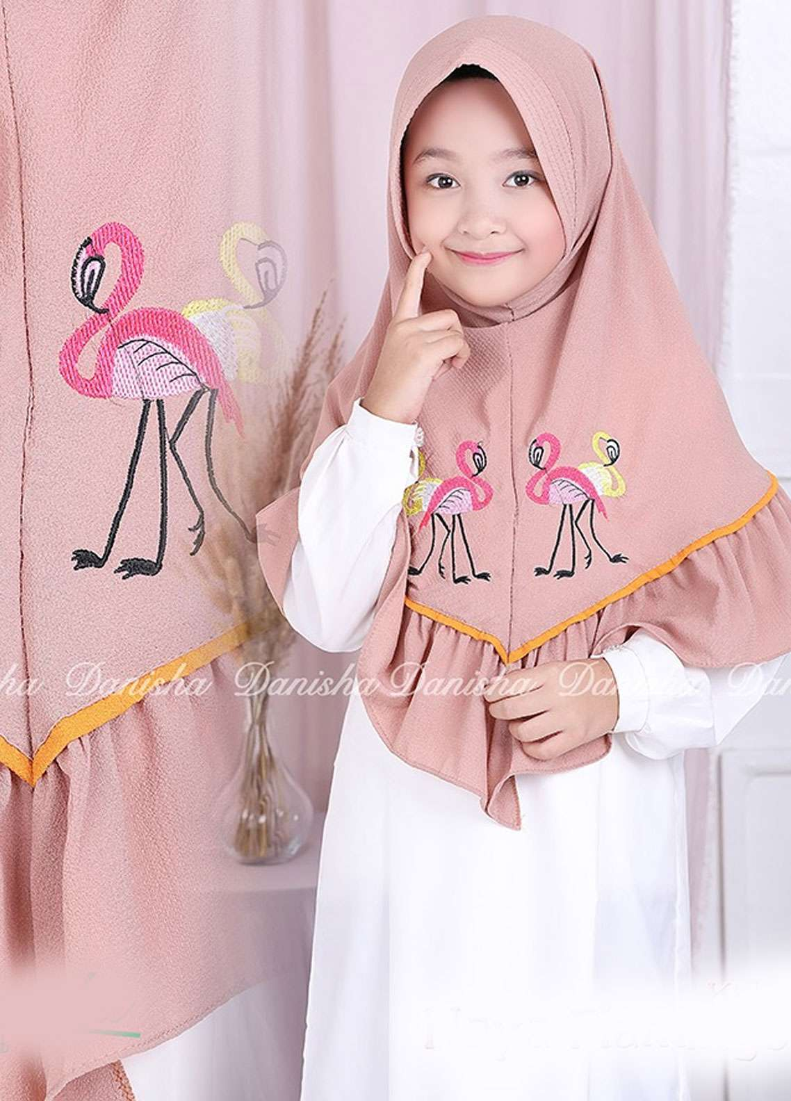 Danisha | Style of Hijab  Bubble Pop  Girls Scarves HH Danisha Flamingo 03 Mocca