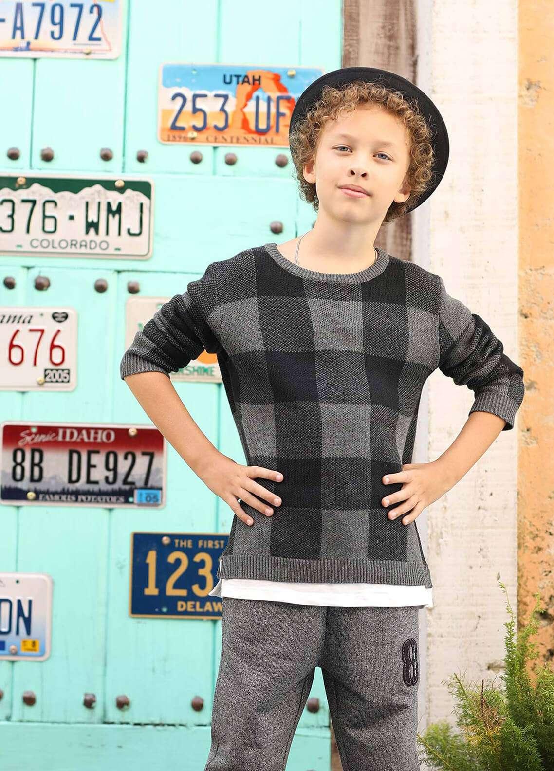 b052422dd Buy Edenrobe Cotton Full Sleeves Boys Tees - Charcoal 002444- Online ...