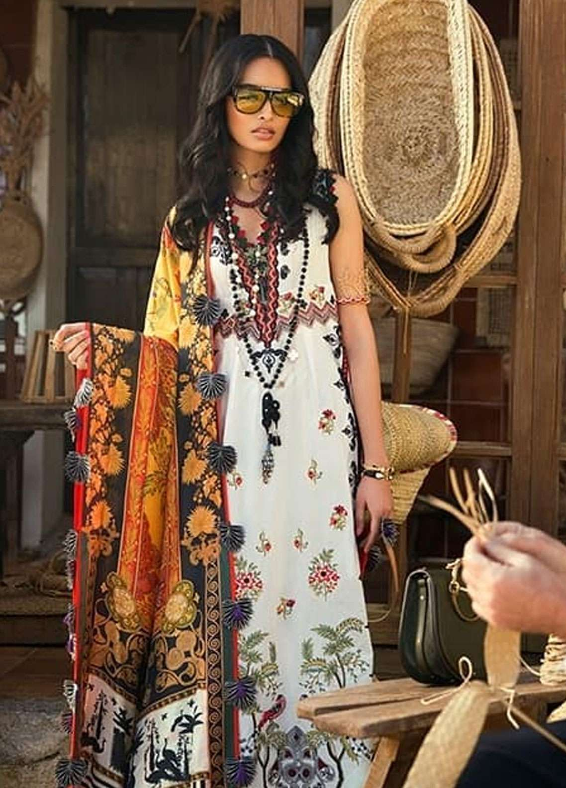 2b67b5374e Elan Embroidered Lawn Unstitched 3 Piece Suit EL19L 13B ENCANTADA - Spring  / Summer Collection