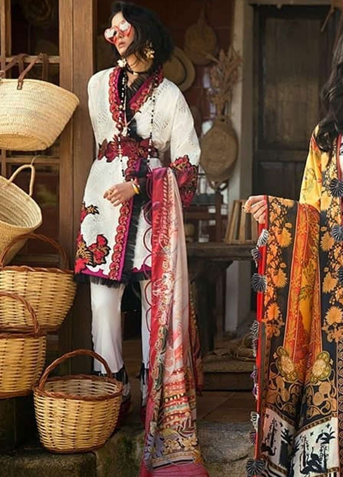 Elan Embroidered Lawn Unstitched 3 Piece Suit EL19L 7B MARIPOSA - Spring / Summer Collection