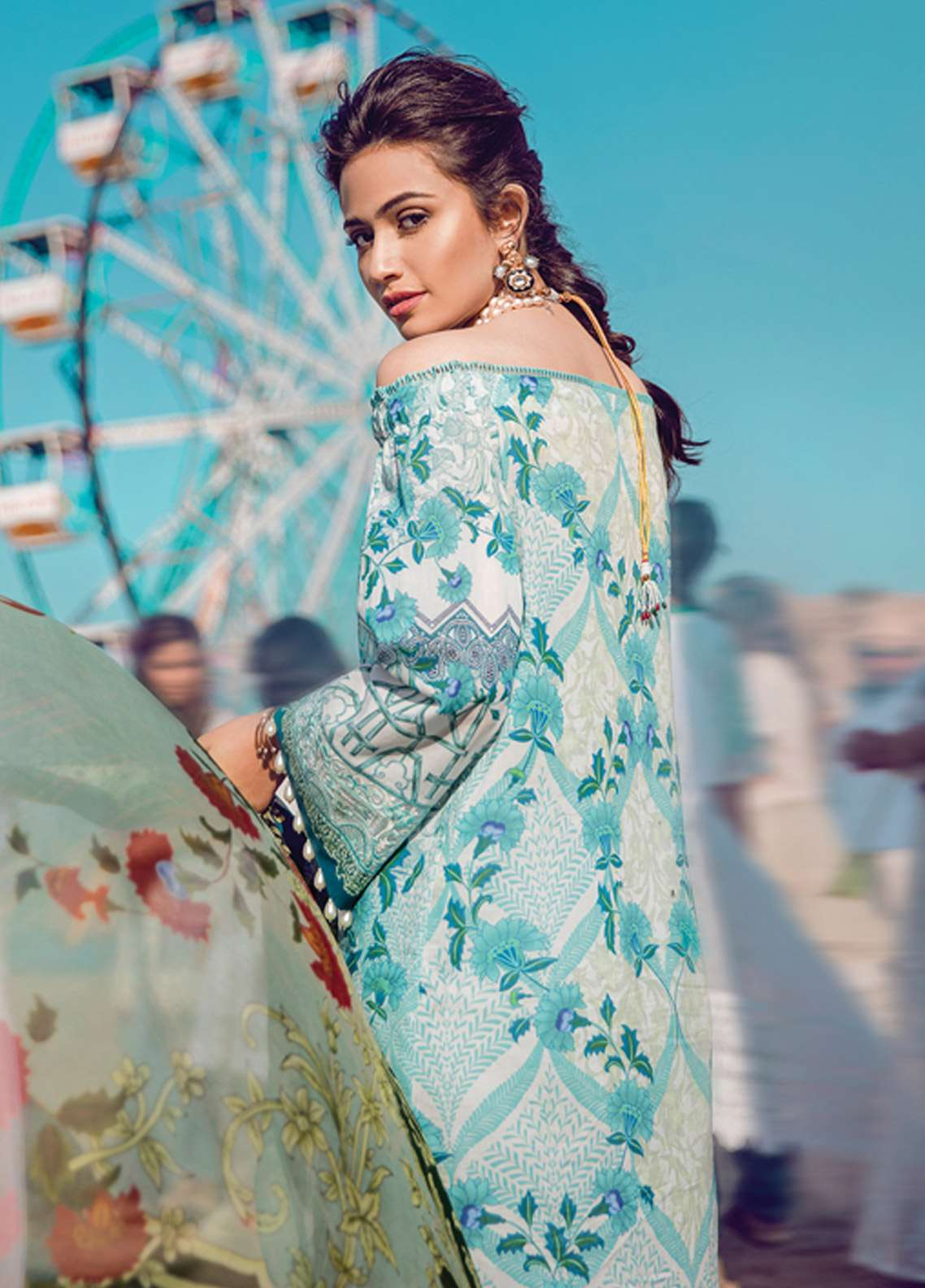 50ce9583da Epoque By Sana Yasir Embroidered Lawn Unstitched 3 Piece Suit EP18L 06 -  Spring ...