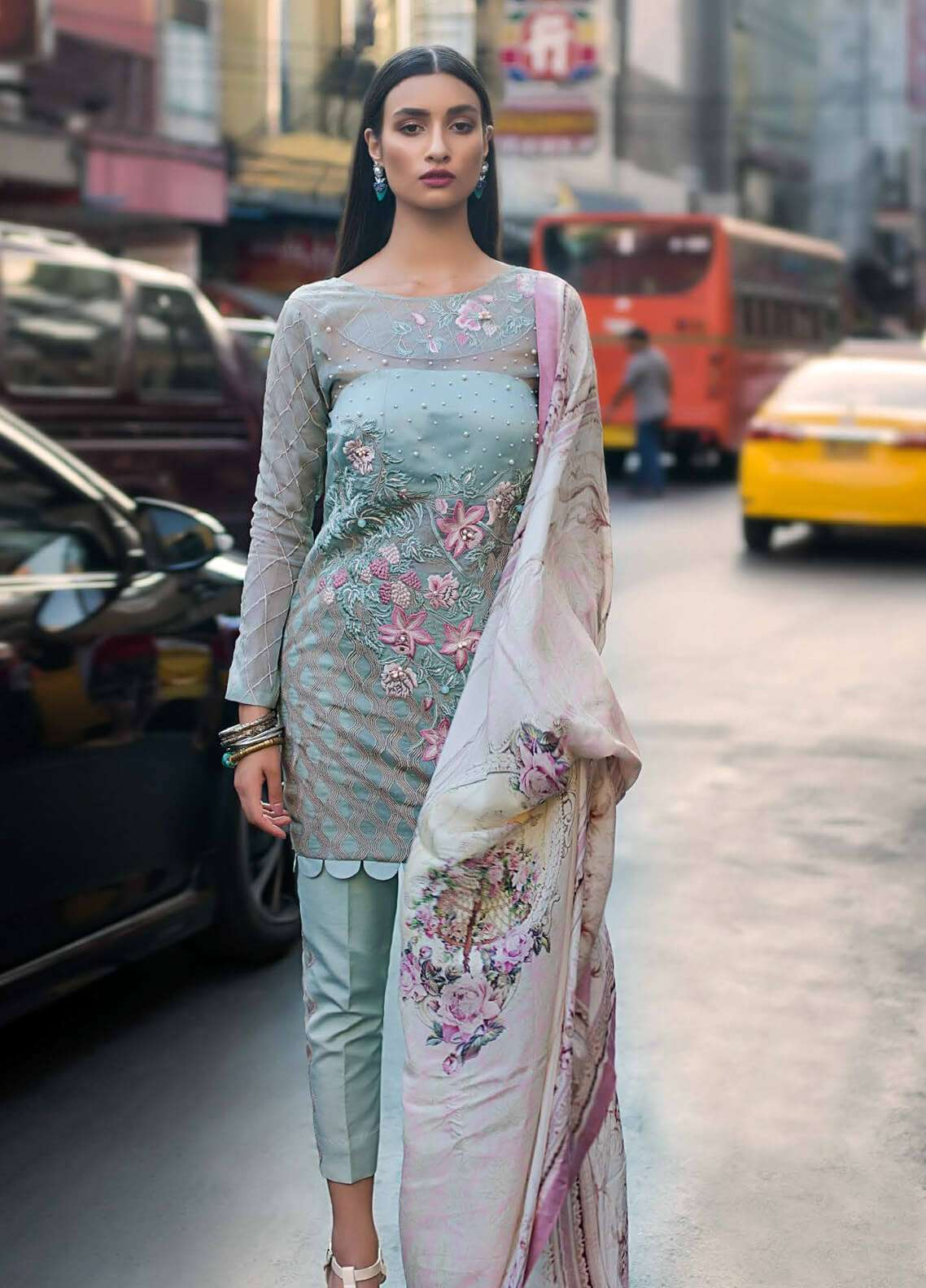Erum Khan Online | Buy Erum Khan Unstitched Lawn Suits Collection