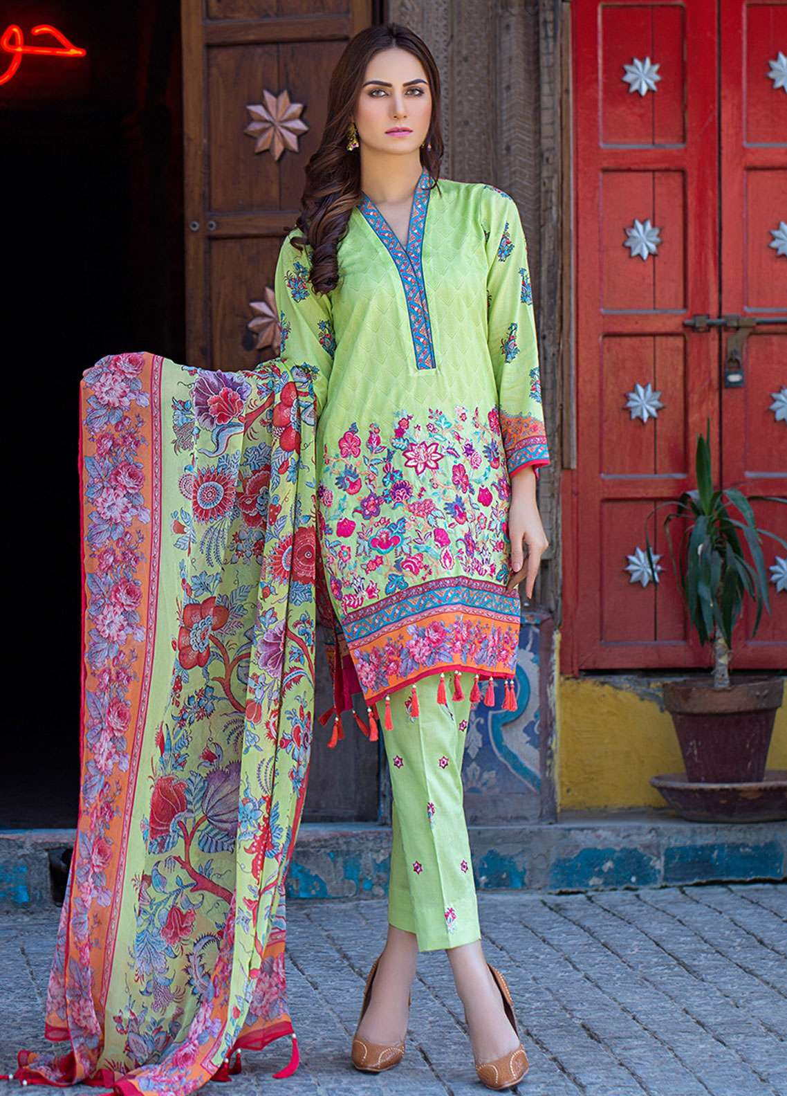 Esha & Isbah Embroidered Lawn Unstitched 3 Piece Suit EI19L 4A HINA - Spring / Summer Collection