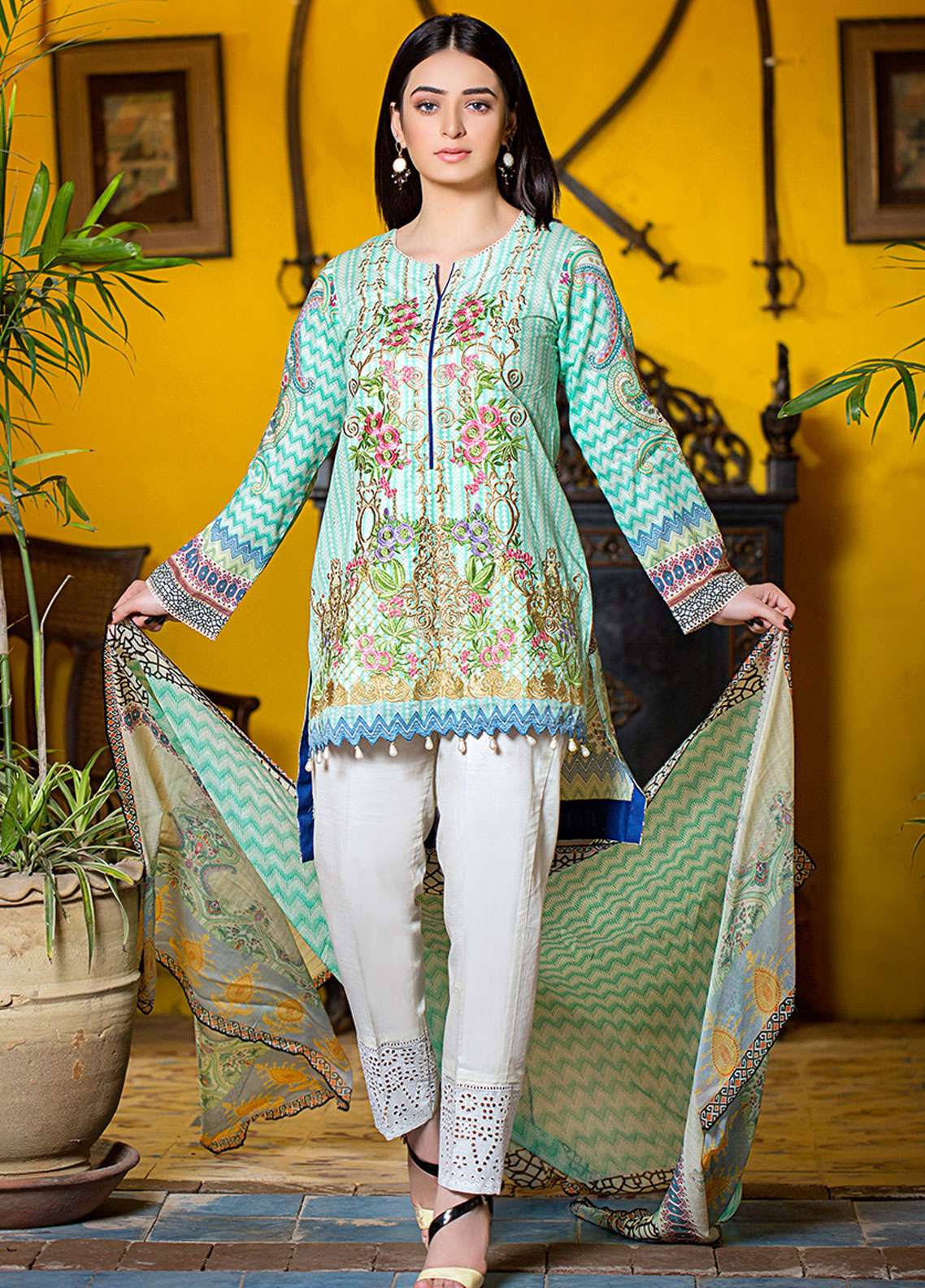 Esha & Isbah Embroidered Lawn Unstitched 3 Piece Suit EI19L 5A KOMAL - Spring / Summer Collection
