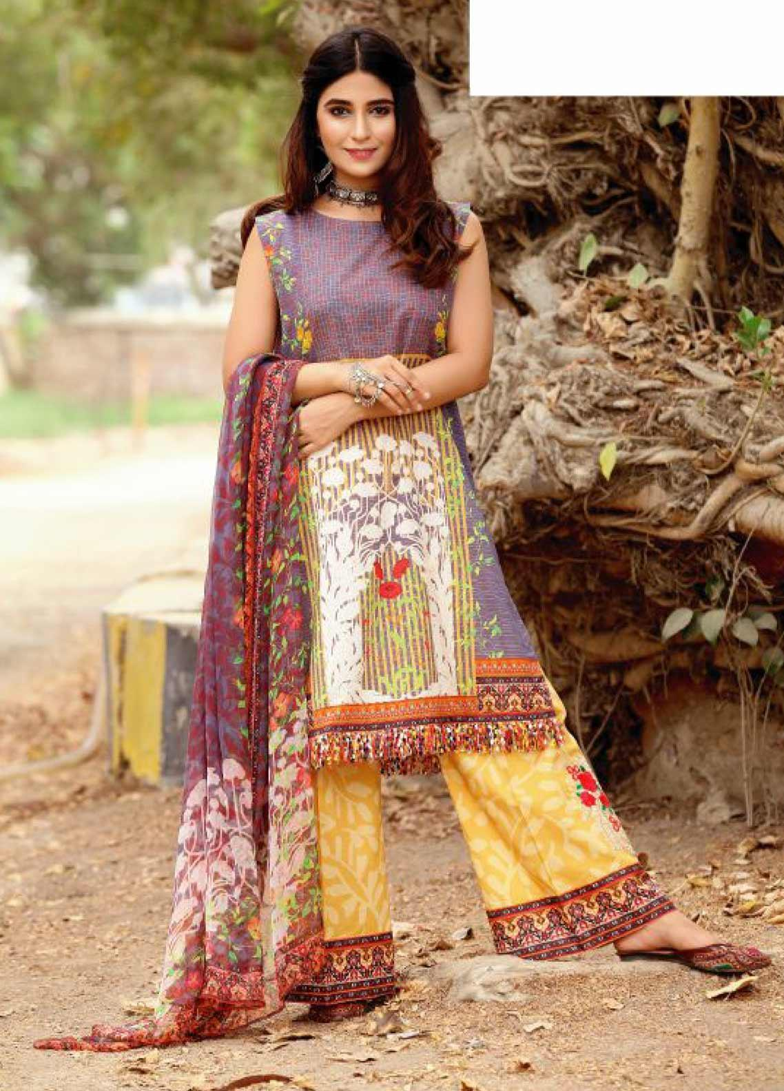 Fateh Embroidered Lawn Unstitched 3 Piece Suit FT19RR ZEENAT - Mid Summer Collection