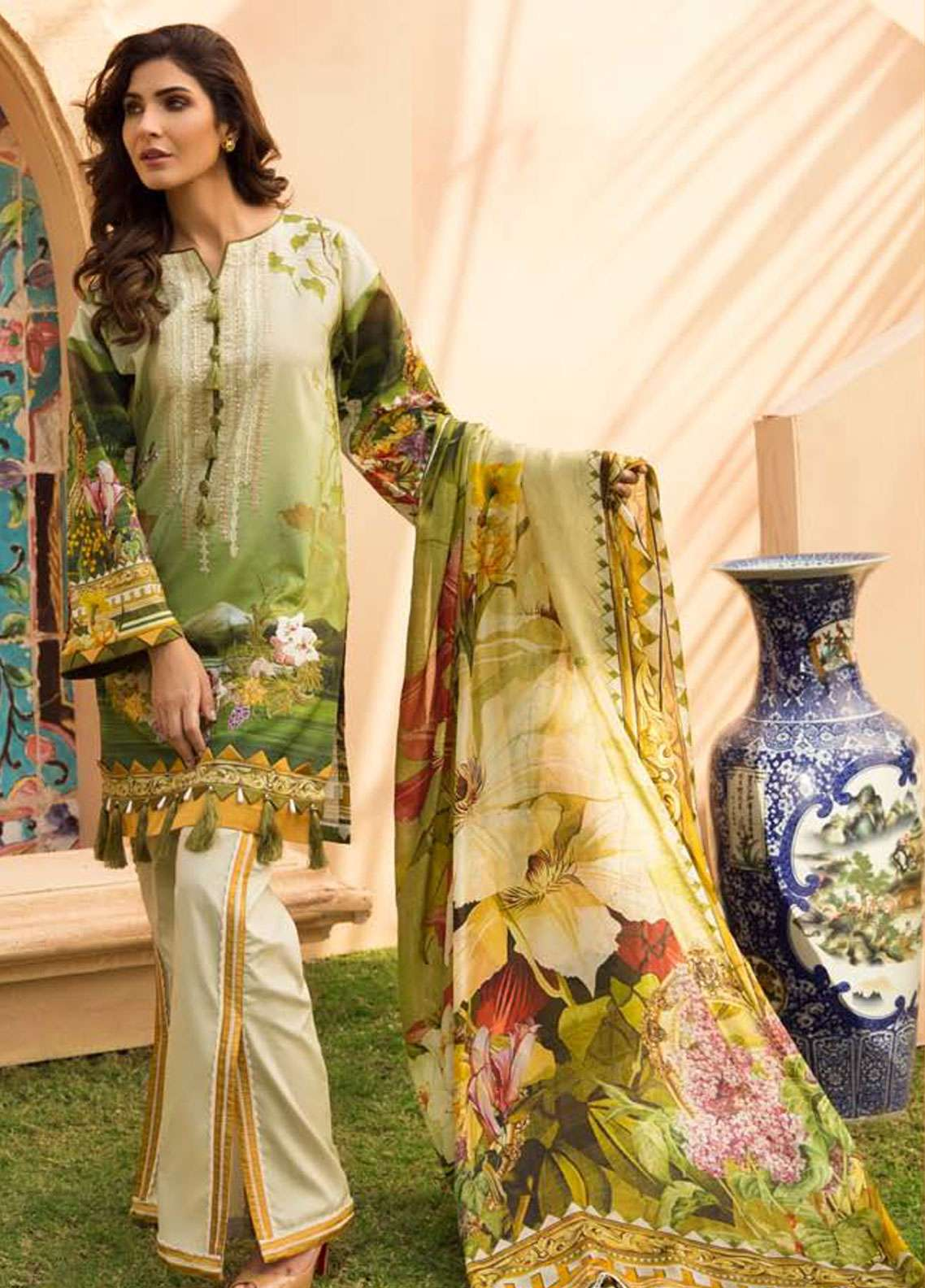 Firdous Fashion Embroidered Lawn Unstitched 3 Piece Suit FR19L 01 - Spring / Summer Collection