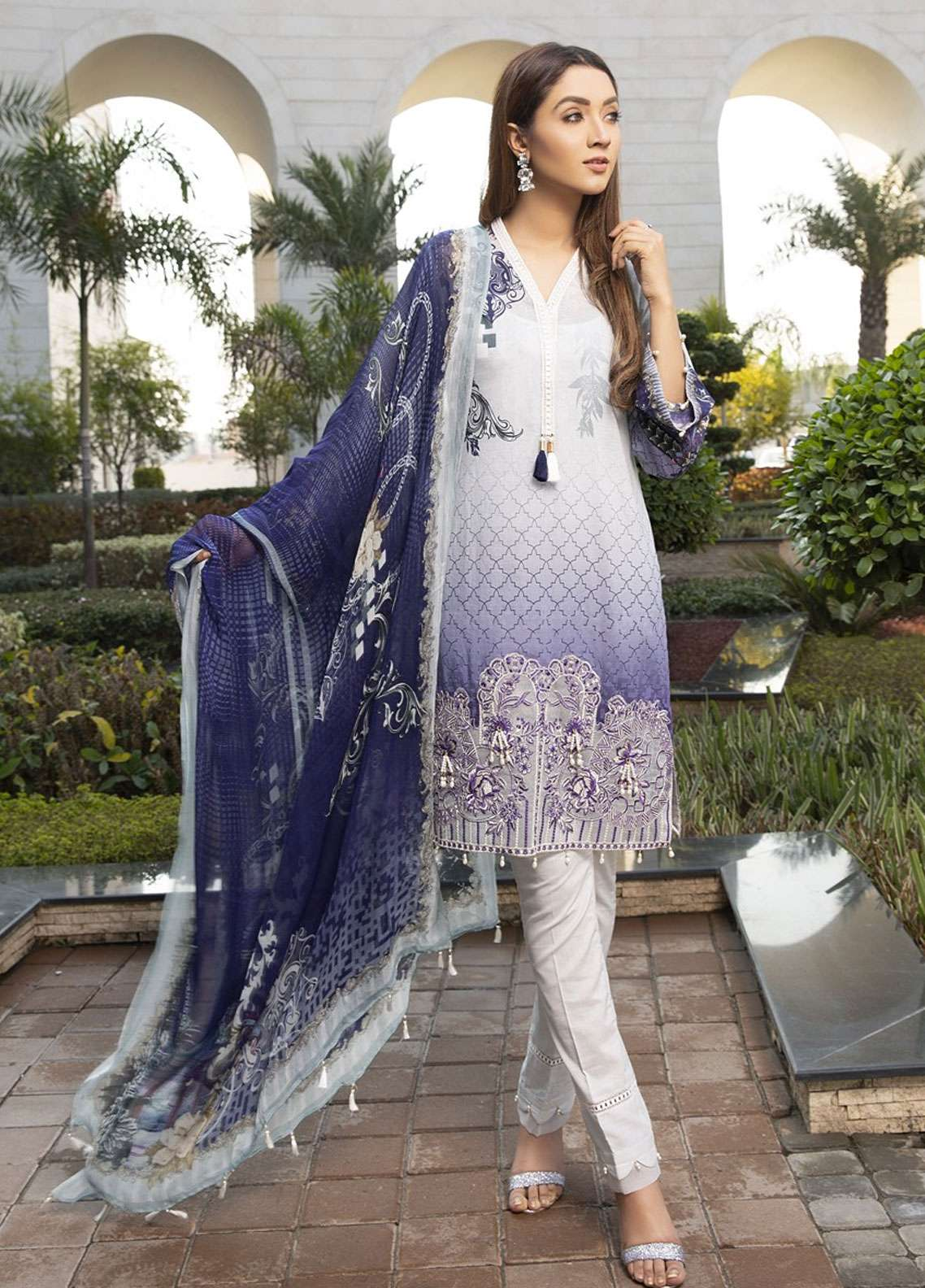 Florence by Mohagni Embroidered Lawn Unstitched 3 Piece Suit FMO19L 07 - Spring / Summer Collection