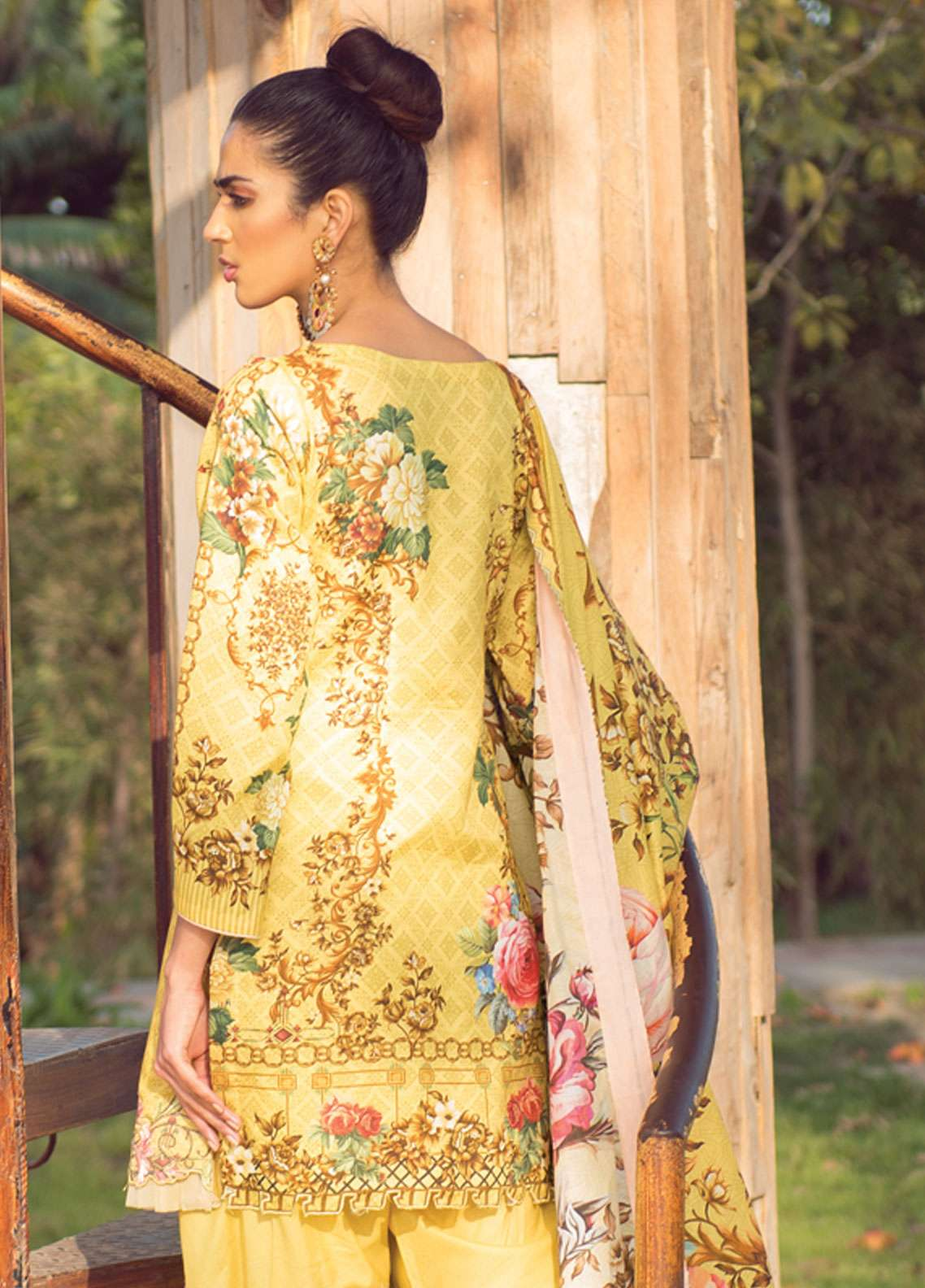 409a9f7e72 Florence by Rang Rasiya Embroidered Lawn Unstitched 3 Piece Suit FRR19L  8003A - Spring / Summer Collection