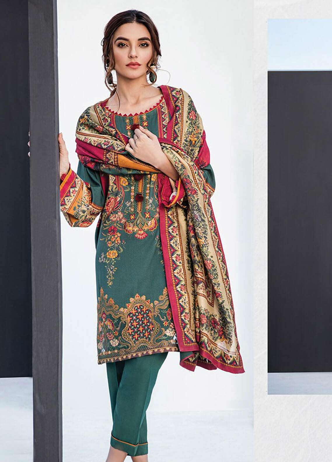 Fuchsia By Baroque Embroidered Linen Unstitched 3 Piece Suit FC18-L2 08 - Winter Collection