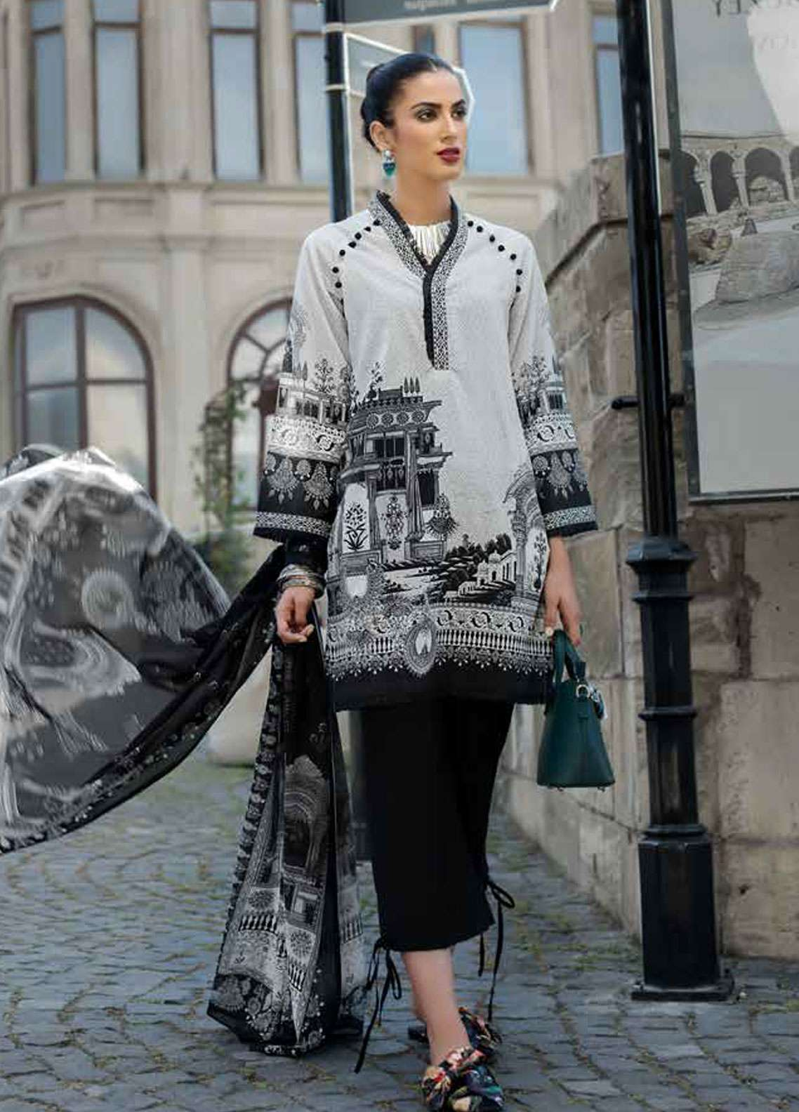 d0f3803105 Gul Ahmed Black & White Lawn 2018 Collection - Blanche Noire | Black ...