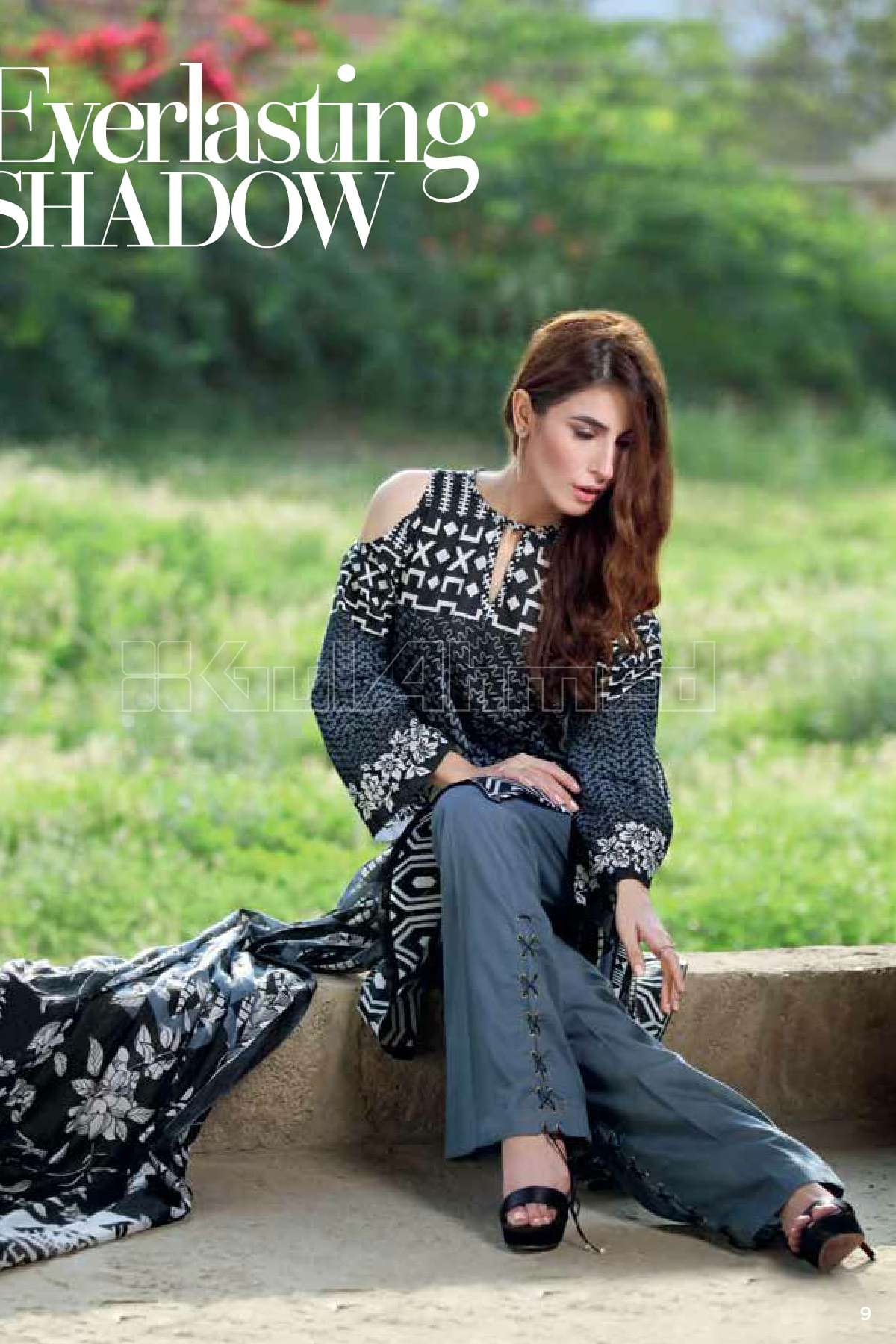 Gul Ahmed Printed Lawn Unstitched 3 Piece Suit GL17B 20