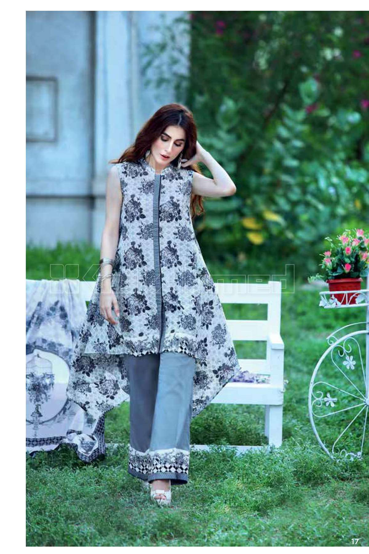 Gul Ahmed Printed Lawn Unstitched 3 Piece Suit GL17B 21