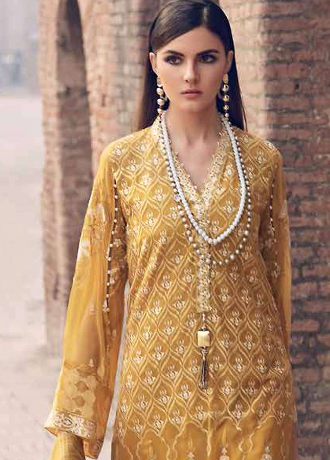 39791109e2 Gul Ahmed Embroidered Lawn Unstitched 3 Piece Suit GA19E FE-253 ...