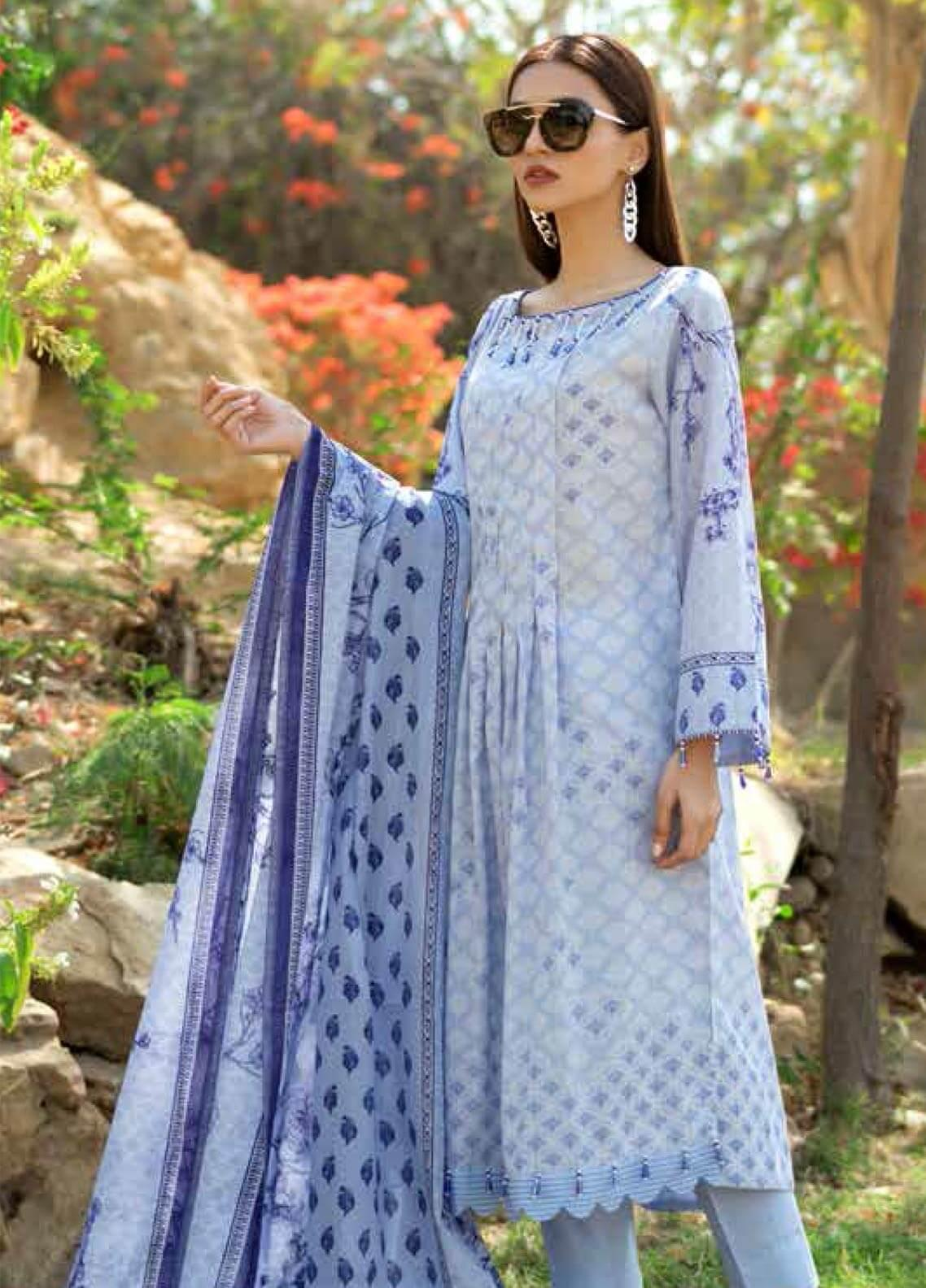 Gul Ahmed Printed Lawn Unstitched 3 Piece Suit GAM19-L2 CL-533A - Mid Summer Collection