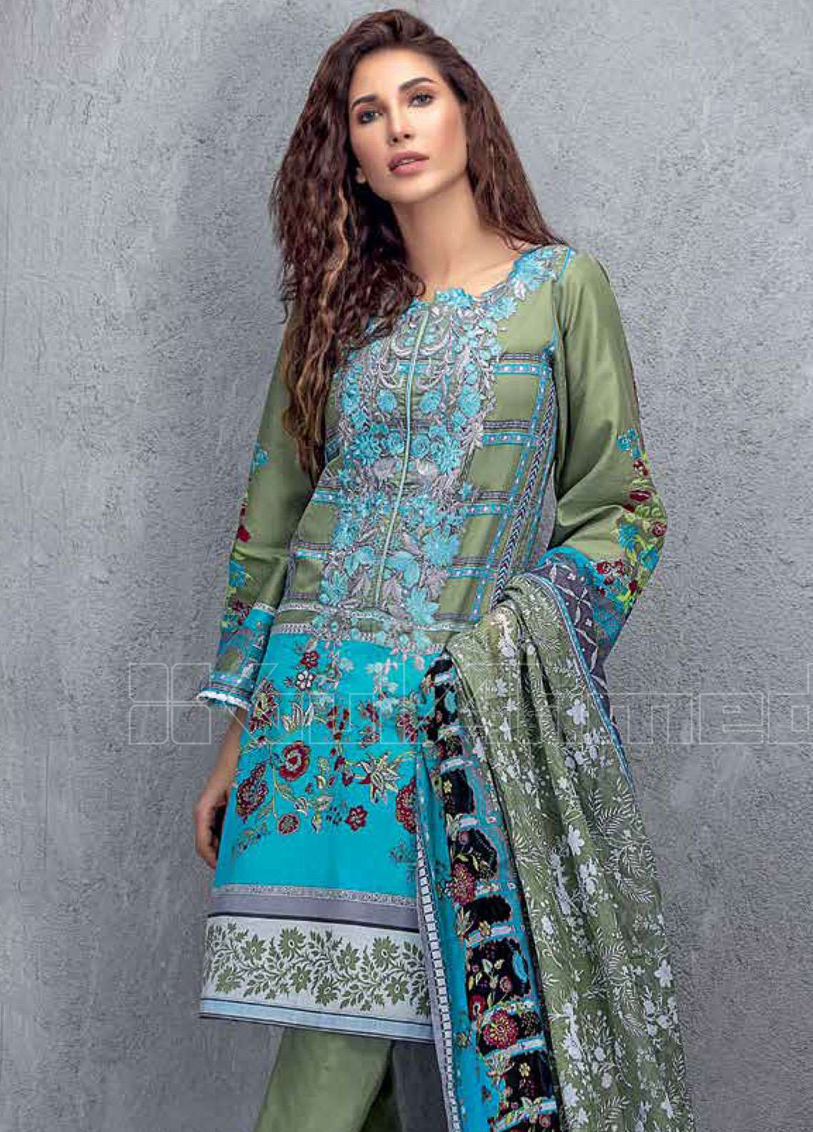 7708b40509 Gul Ahmed Embroidered Lawn Unstitched 3 Piece Suit GAE19L CL-605 B - Spring  / Summer Collection