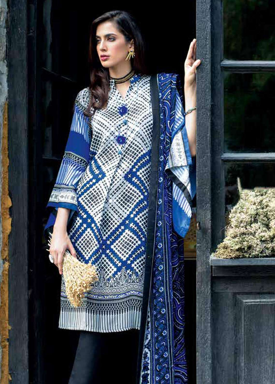 Gul Ahmed Printed Pashmina Unstitched 3 Piece Suit GA18W AP15 - Winter Collection