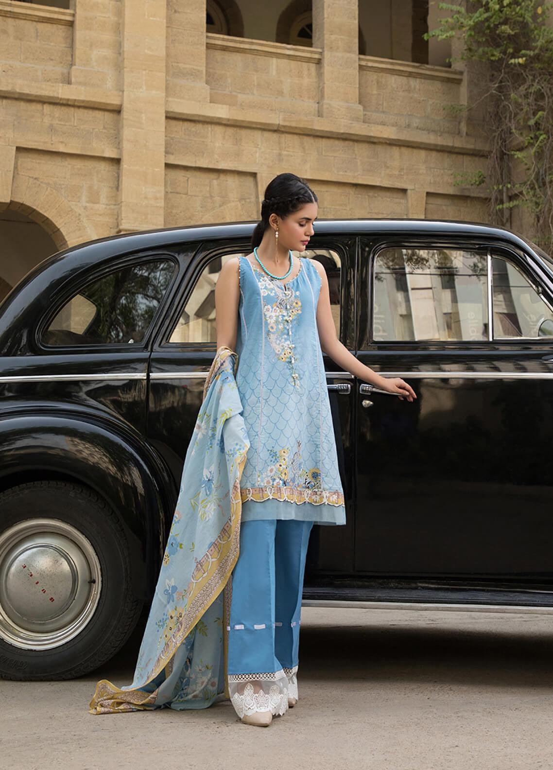 Gul Mohar Printed Lawn Unstitched 3 Piece Suit GM19L 2A - Festive Collection