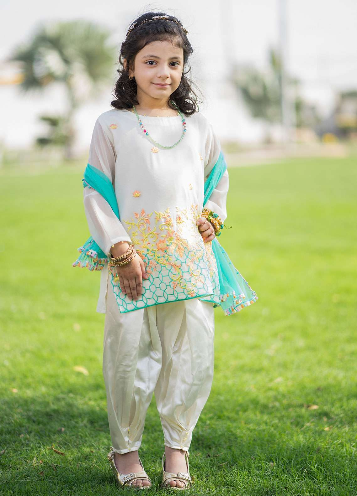 Gulaal Chiffon Embroidered 3 Piece Suit for Girls - White KD-02