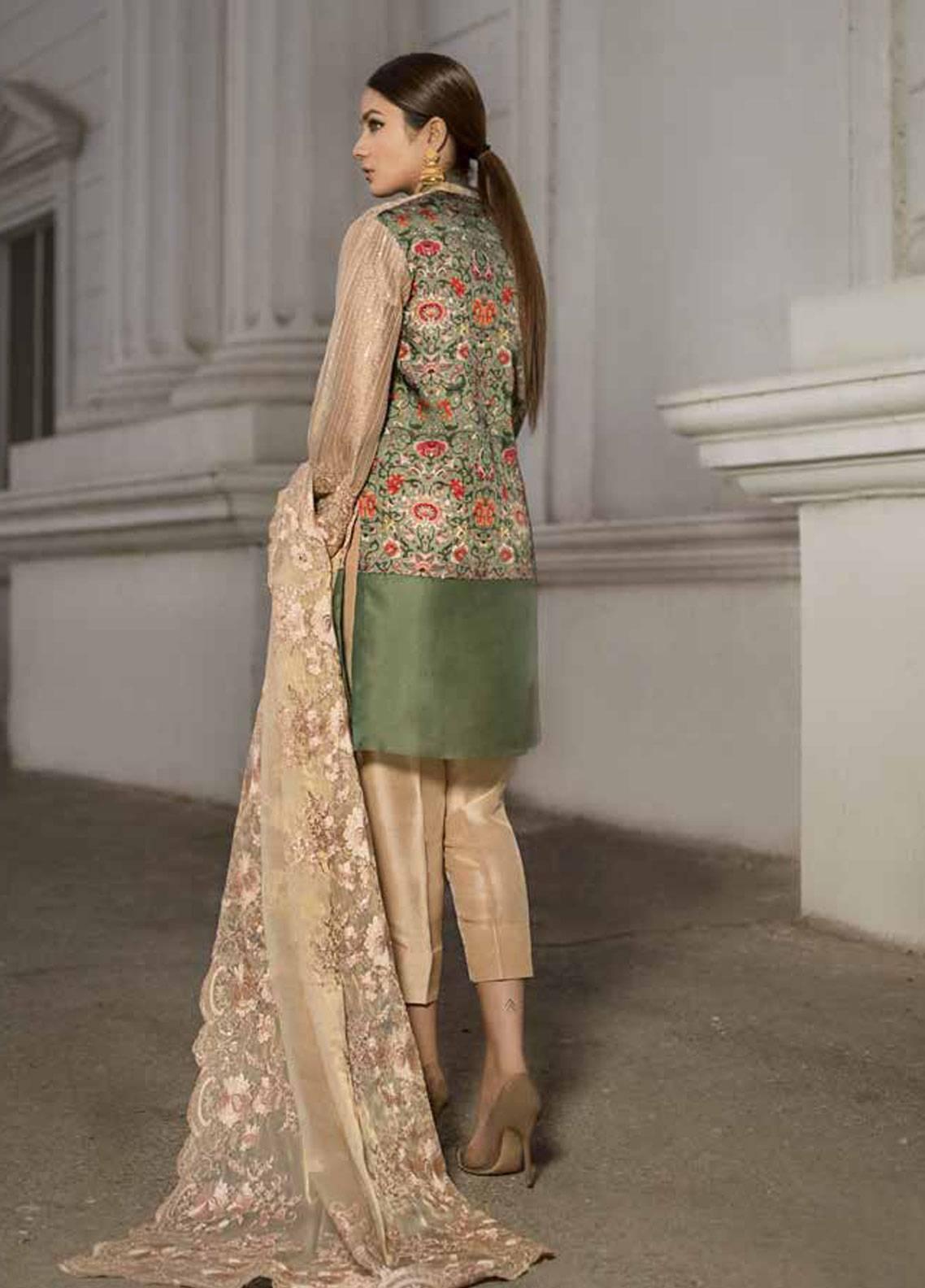 8232a2d29c Honey Waqar Chiffon Embroidery Collection 2019 | DE'ESSE DES FLEUR ...