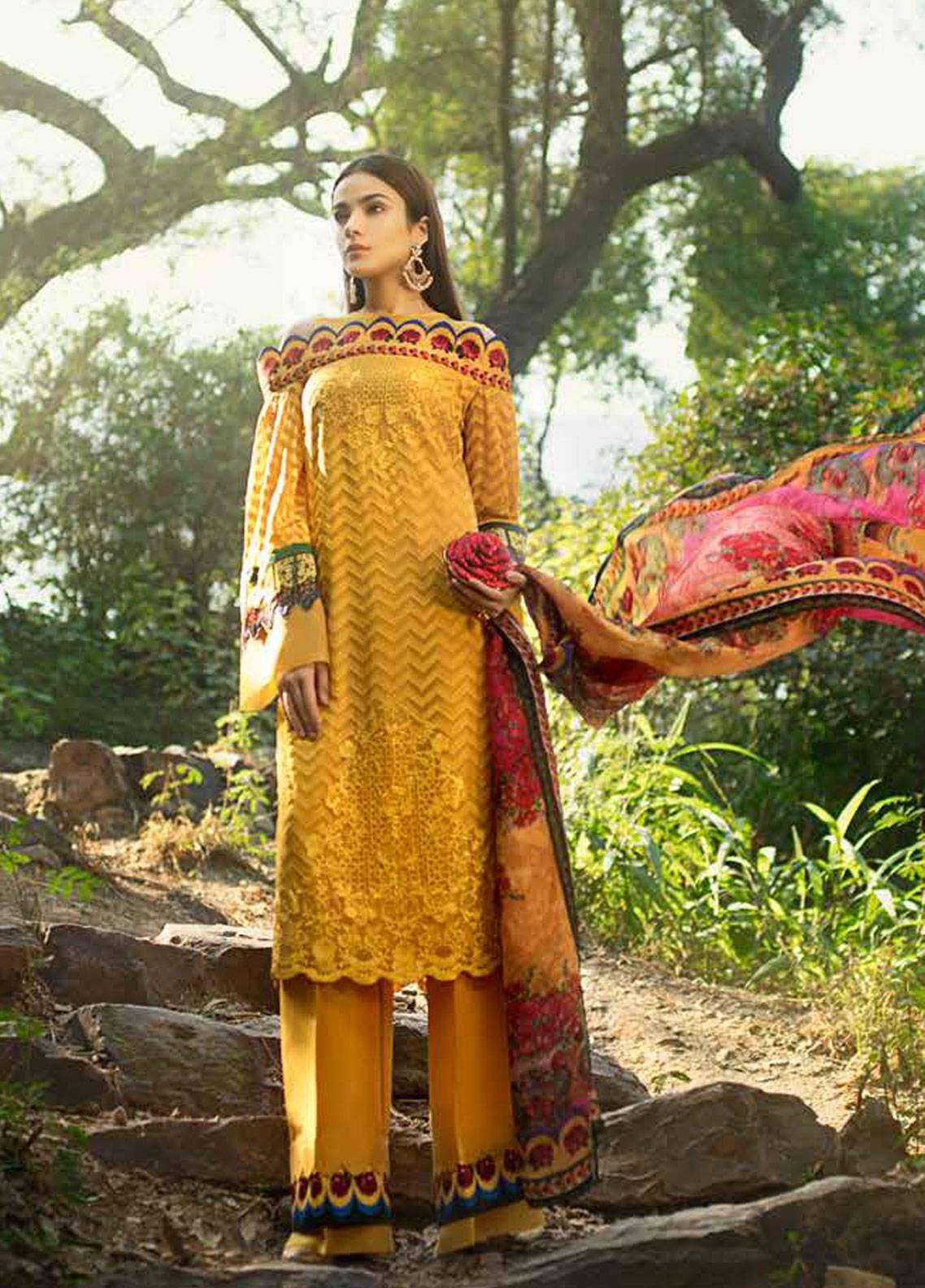 384d8005bd Honey Waqar By ZS Textile Embroidered Chiffon Unstitched 3 Piece Suit  HWC19EC 05 Art De Camion