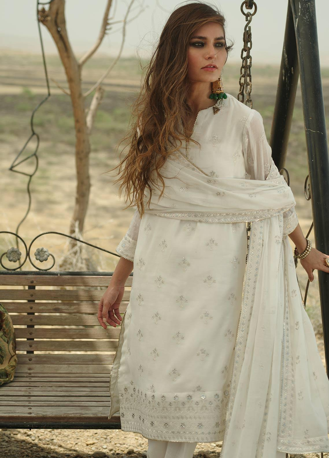 Image Embroidered Cotton Unstitched 3 Piece Suit IMG19LE US-5 CYRA - Festive Collection