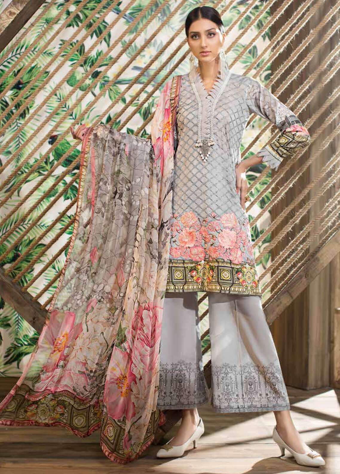 Jahanara Embroidered Lawn Unstitched 3 Piece Suit JN19L 04 - Spring / Summer Collection