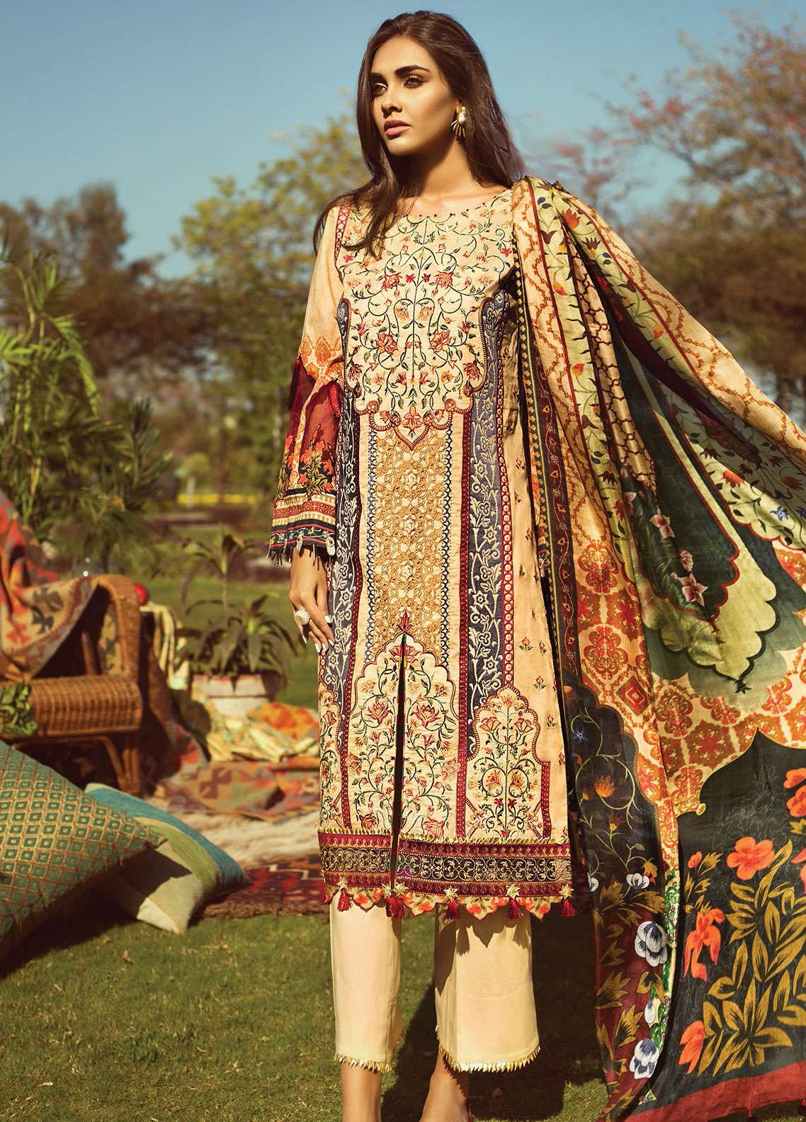 3426cd2a62 Jazmin by Baroque Embroidered Lawn Unstitched 3 Piece Suit JZ19L 01  MANDARIN - Spring / Summer