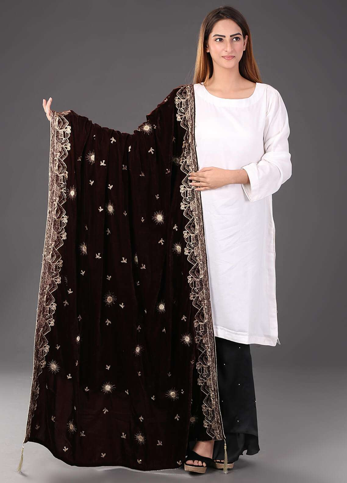 Sanaulla Exclusive Range Embroidered Velvet  Shawl 463 - Winter Collection