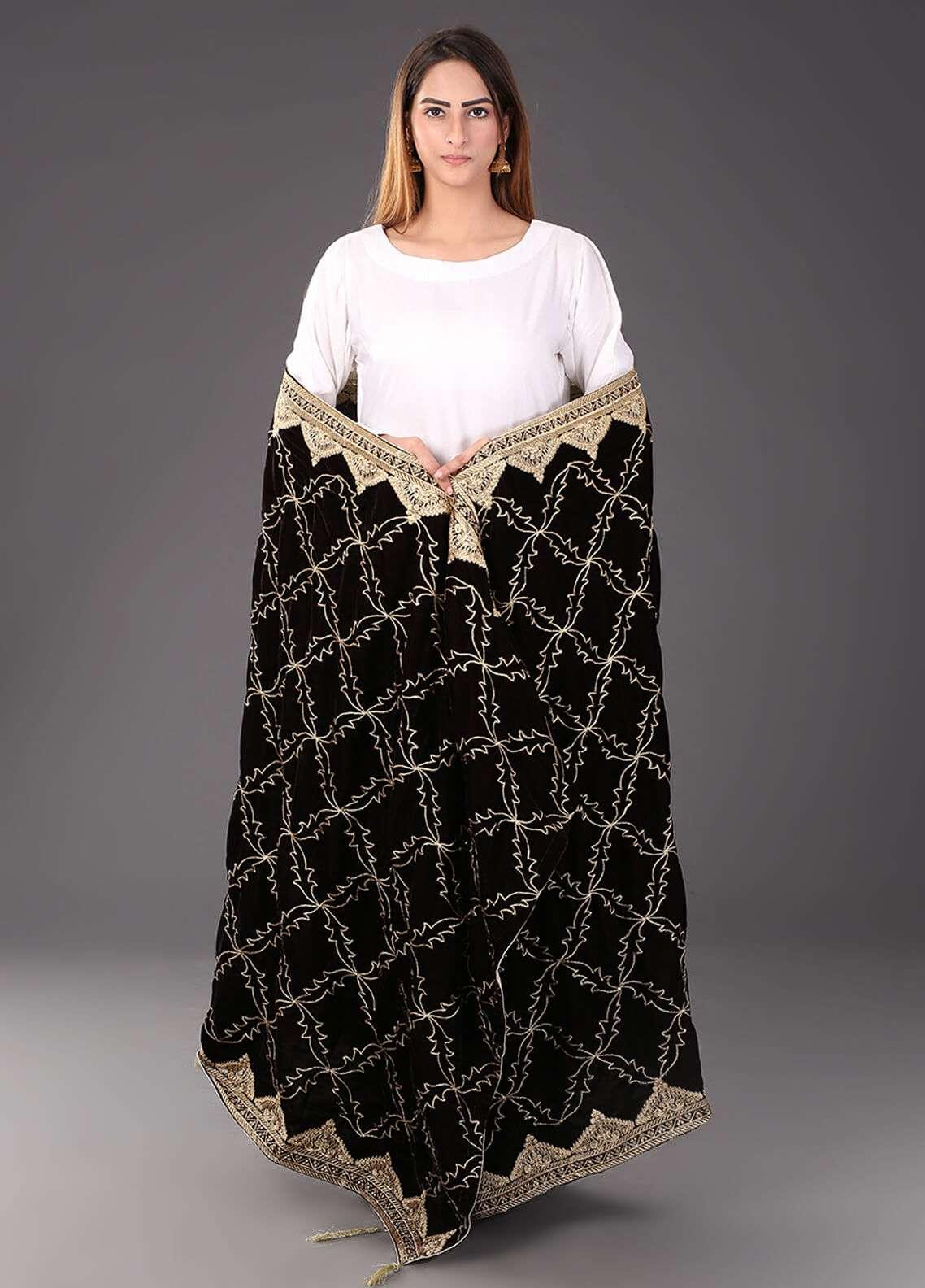 Sanaulla Exclusive Range Embroidered Velvet  Shawl 467 - Winter Collection