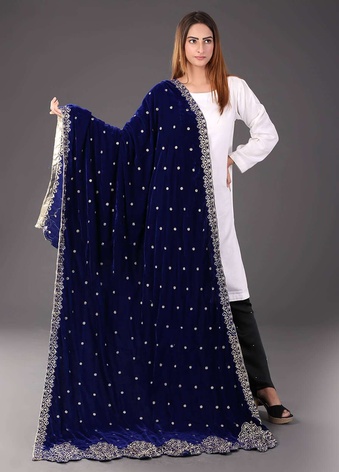 Sanaulla Exclusive Range Embroidered Velvet  Shawl 473 - Winter Collection