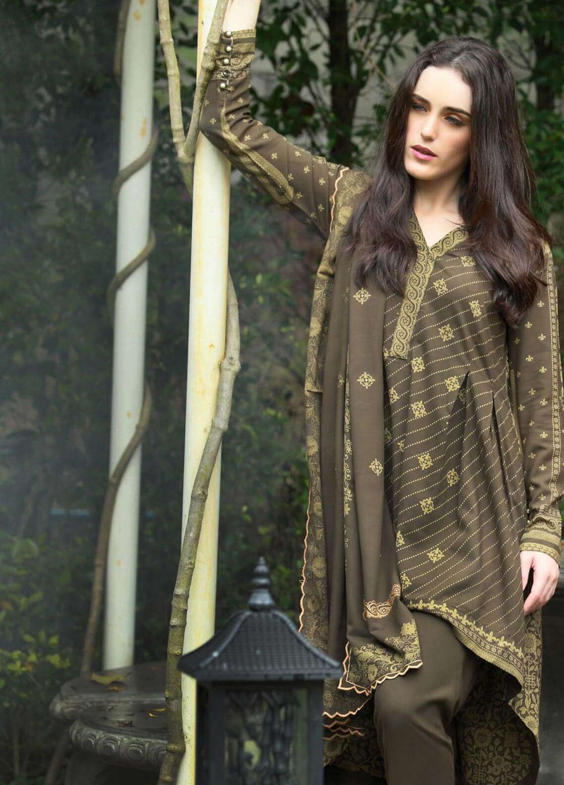 Lakhany Printed Pashmina Unstitched 3 Piece Suit LSM18W 307B - Woollen Collection