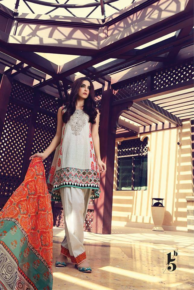 Maria B Embroidered Lawn Unstitched 3 Piece Suit MB17L 15B