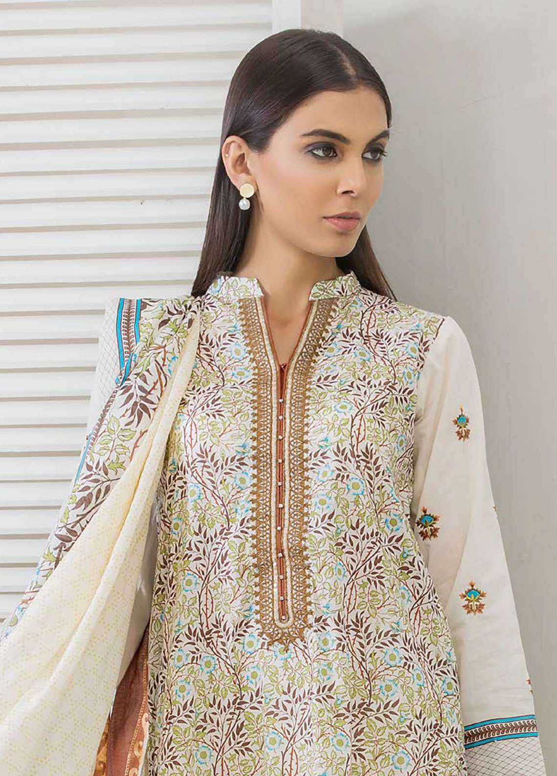 Orient Textile Embroidered Lawn Unstitched 3 Piece Suit OT19-L2 117 B - Spring / Summer Collection